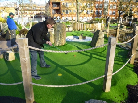 A guest blog post about minigolf bloggers